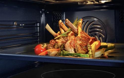 告别厨房空间危机,老板烤煎炸一体机创新引领厨电风潮
