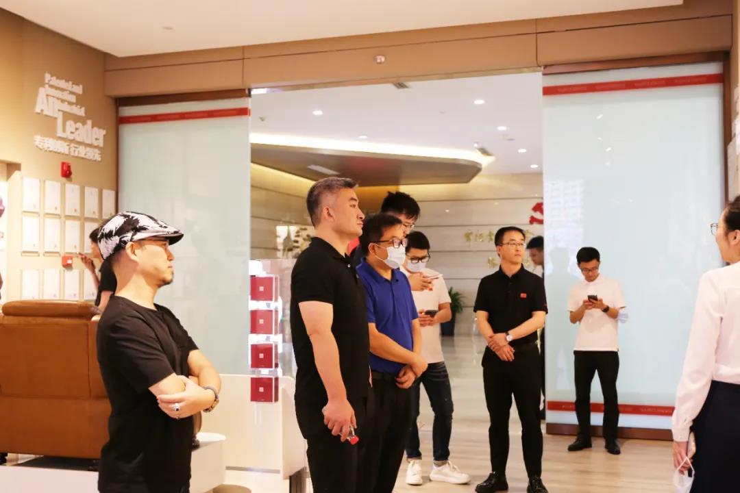 中国家博会、红星美凯龙与顾家家居深化战略合作,打造行业新标杆